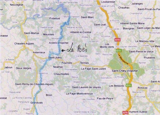 Echelle approximative: Fournels (au centre) est à 15 km de Saint-Chély (Est) et 15km de Chaudes Aigues (Ouest)